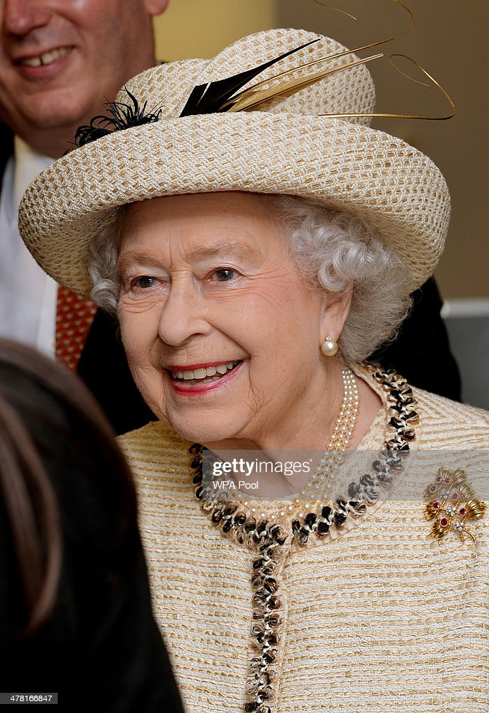 The Queen And Duke Of Edinburgh Visit The Royal Commonwealth Society : News Photo