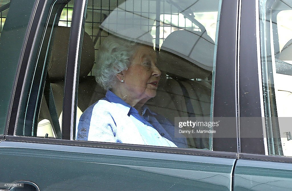 The Queen Arrives at Kensington Palace To Visit Princess Charlotte : News Photo