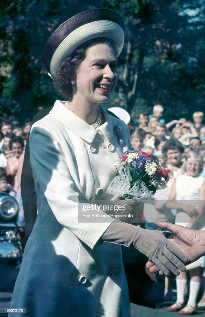 Queen Elizabeth II During A State Visit To Norway : News Photo