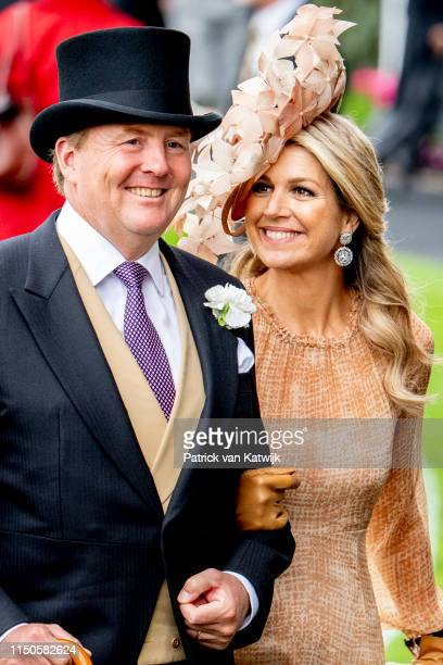Queen Elizabeth II King WillemAlexander of The Netherlands and Queen Maxima of The Netherlands on day one of Royal Ascot at Ascot Racecourse on June...