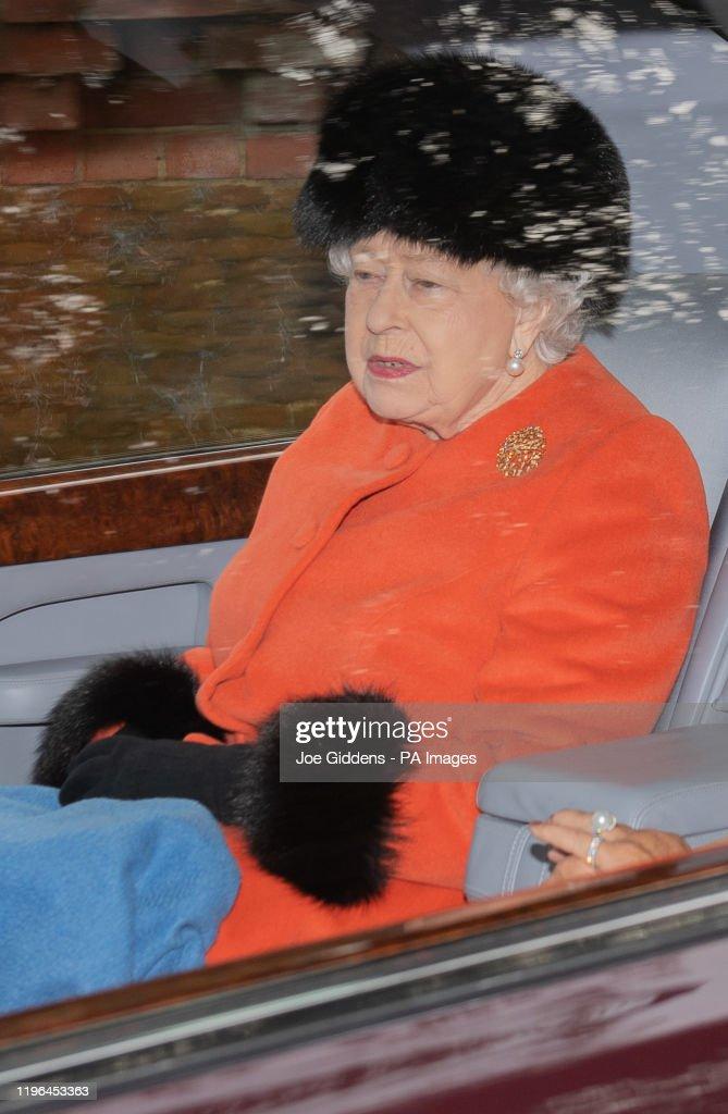 Royals attend church service : News Photo