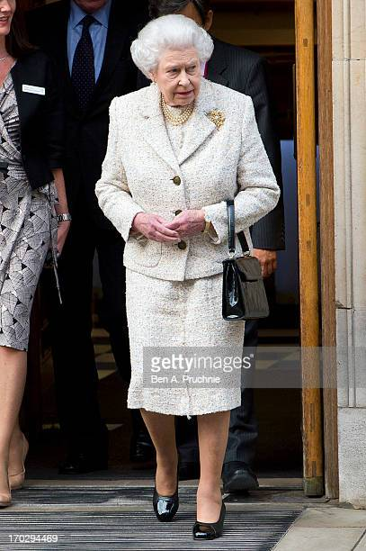 Queen Elizabeth II leaves after visiting Prince Philip the Duke of Edinburgh as he celebrates his 92nd birthday in a London Clinic on June 10 2013 in...