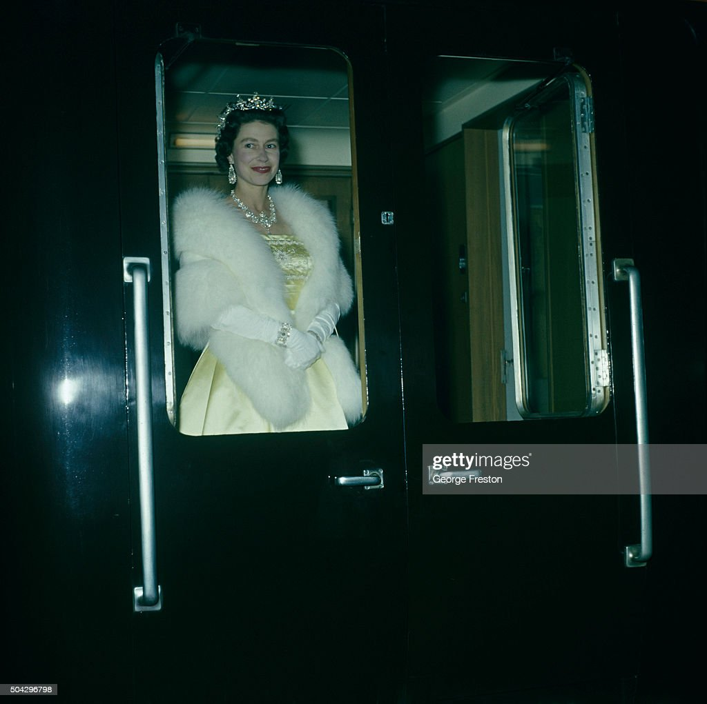 Queen Leaves Liverpool : News Photo
