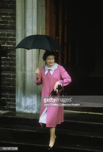 Queen Elizabeth II leaves St Mary's Hospital after visiting her newborn grandson William Arthur Philip Louis London UK 22nd June 1982