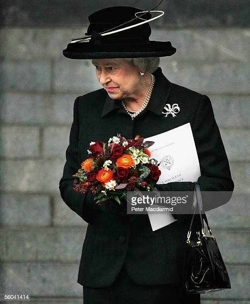 Queen Elizabeth II leaves St Paul's Cathedral after attending the National Memorial Service dedicated to victims of the 7 July bombings on November 1...