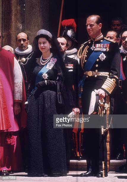 Queen Elizabeth II leaves the Vatican in Italy after an official visit to Pope John XXIII accompanied by the Duke of Edinburgh May 1961 She is...