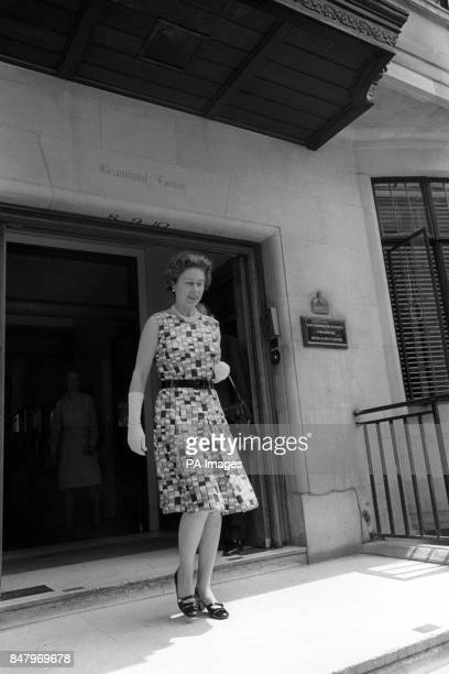 Queen Elizabeth II leaving the King Edward VII Hospital for Officers after visiting Princess Anne. The Princess had an emergency operation for the...