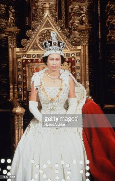 Queen Elizabeth II making her speech at the state opening of parliament