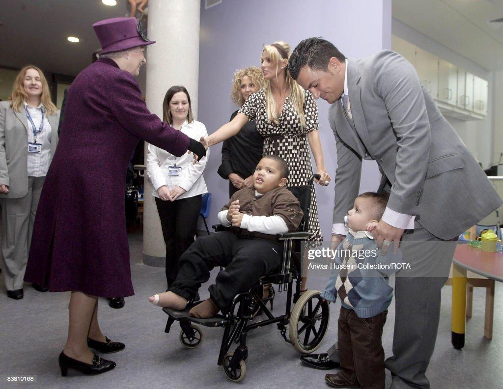 HRH Queen Elizabeth II Opens The Richard Desmond Children's Eye Centre : News Photo