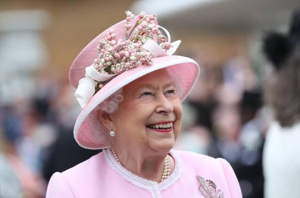 UNS: The Royal Week - June 03