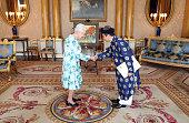 london england queen elizabeth ii meets