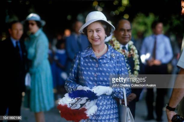Queen Elizabeth II Nauru Hammer DeRoburt President of Nauru 21st October 1982