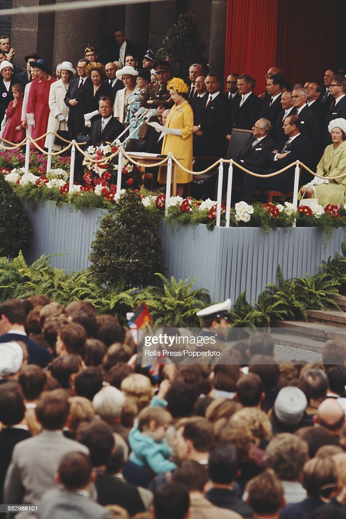 State Visit To West Germany : News Photo
