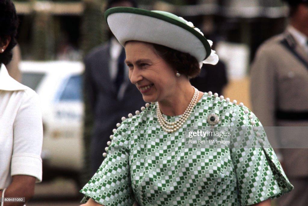 Royalty - Queen Elizabeth II Silver Jubilee - Fiji : News Photo