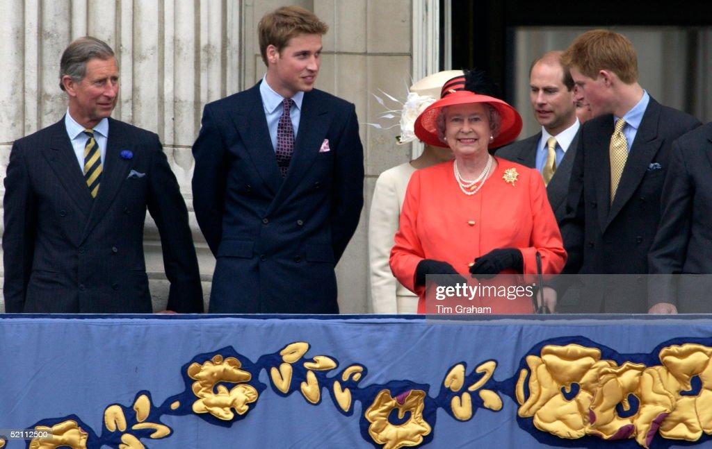 Royals Palace Balcony : News Photo