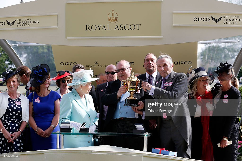 Queen Elizabeth II presents the Gold Cup during day 3 of Royal Ascot 2015 at Ascot racecourse on June 18, 2015 in Ascot, England.
