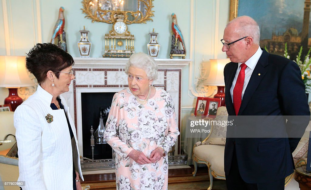 Pprivate Audience With Queen Elizabeth II : News Photo