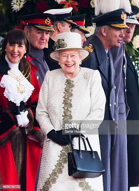 Queen Elizabeth II smiles as she attends a ceremonial welcome for The President Of United Mexican States at Horse Guards Parade on March 3 2015 in...