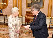 london england queen elizabeth ii speaks