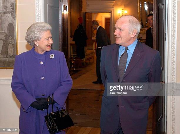 Queen Elizabeth II Talking To Uk's Northern Ireland Secretary Dr John Reid She Is Staying At Hillsborough Castle Official Residence Of The N Ireland...