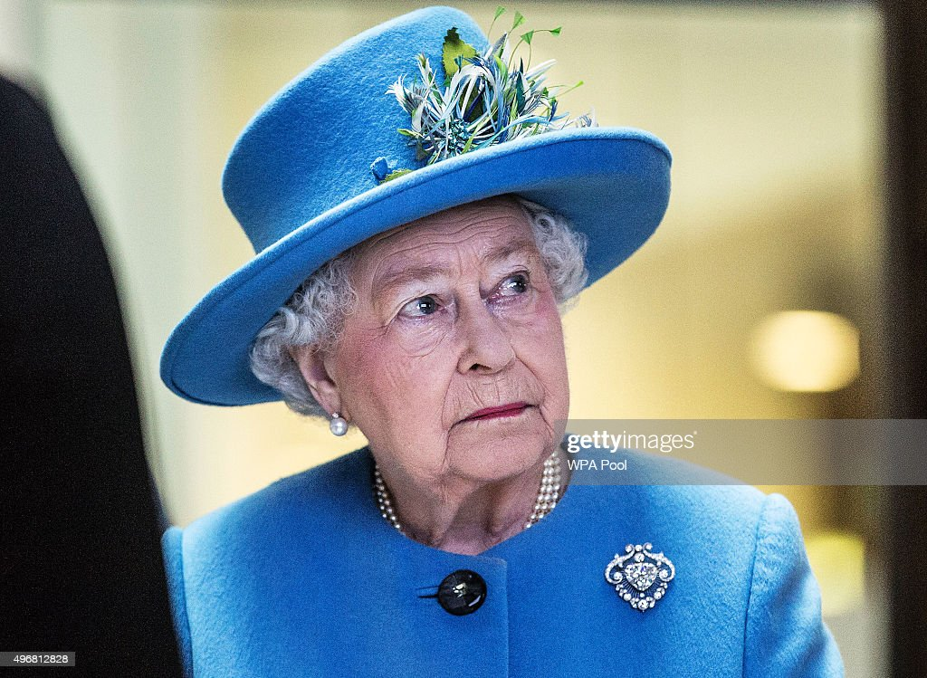 The Queen Visits The Home Office : News Photo