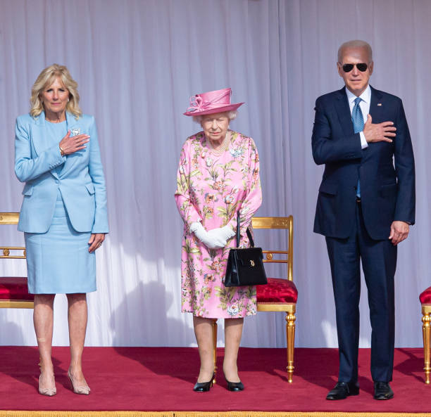 GBR: The Queen Invites The President Of The United States And The First Lady To Tea
