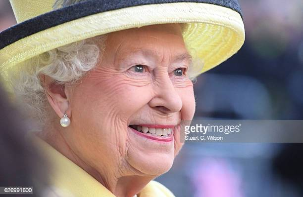 Queen Elizabeth II visits Goodenough College on December 1 2016 in London England Goodenough College is the leading residential community for British...