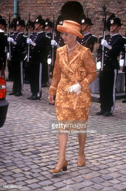 Queen Elizabeth II visits Norway Queen Sonja Akershus Castle 31st May 2001