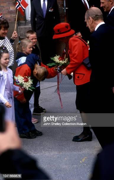 Queen Elizabeth II visits Norway Visiting Boltelokka School in Oslo Queen Sonja and the Duke of Edinburgh 31st May 2001