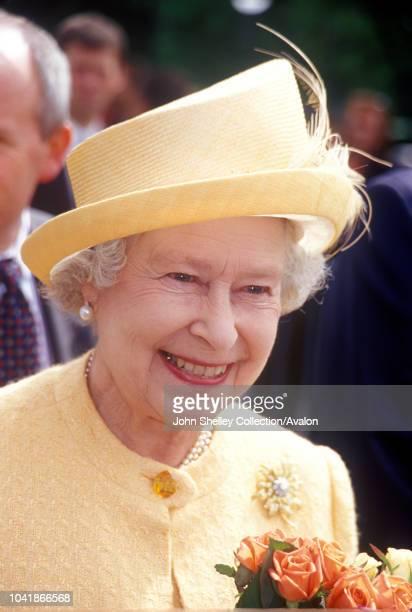 Queen Elizabeth II visits Norway, Walkabout in Oslo, 31st May 2001.