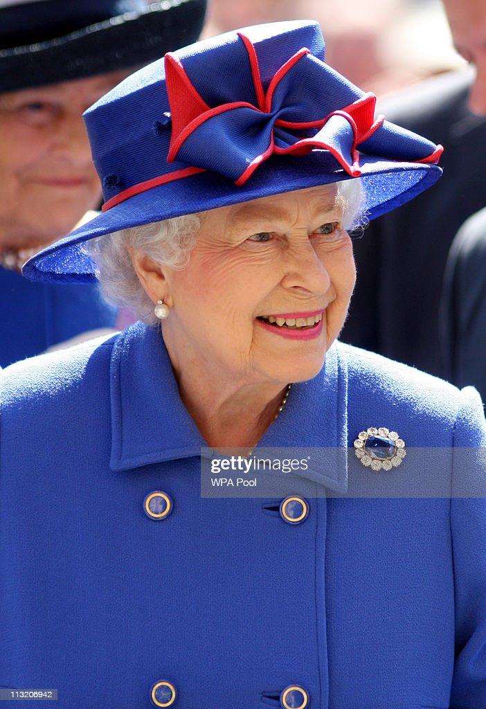 Queen Elizabeth II And Prince Philip, Duke of Edinburgh Visit Cambridge : News Photo