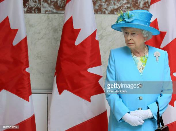 Queen Elizabeth II visits the Canadian Museum of Nature on June 30 2010 in Ottawa Canada The Queen and Duke of Edinburgh are on an eight day tour of...
