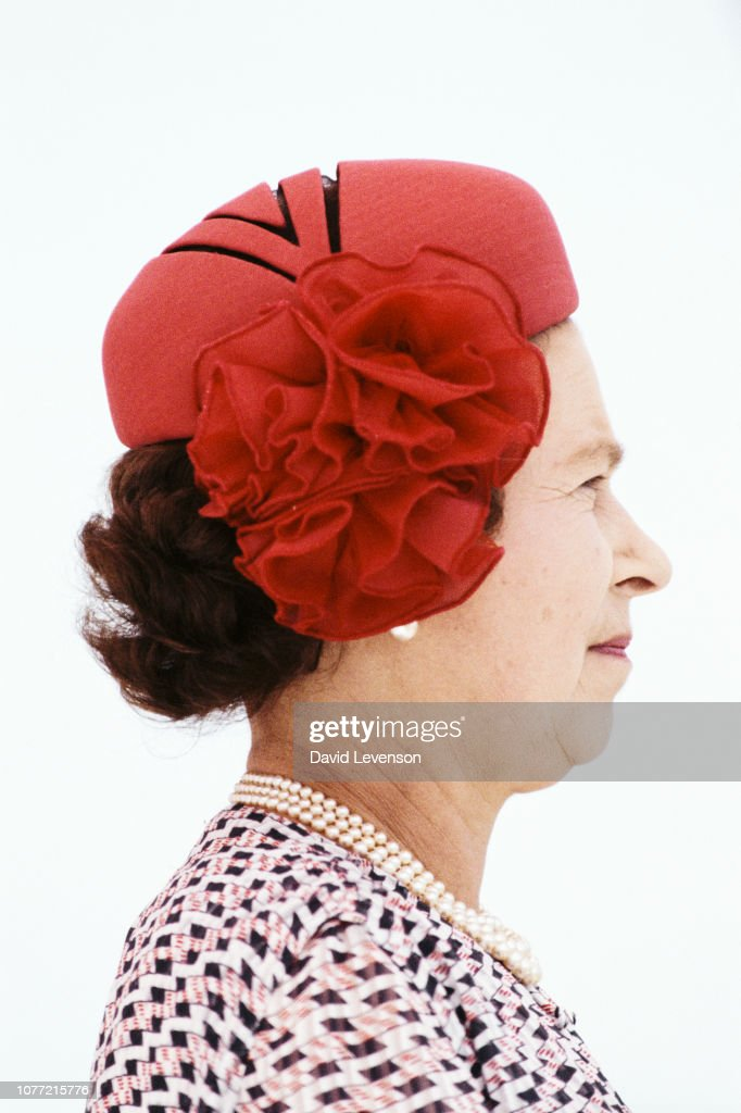 The Queen In India : News Photo
