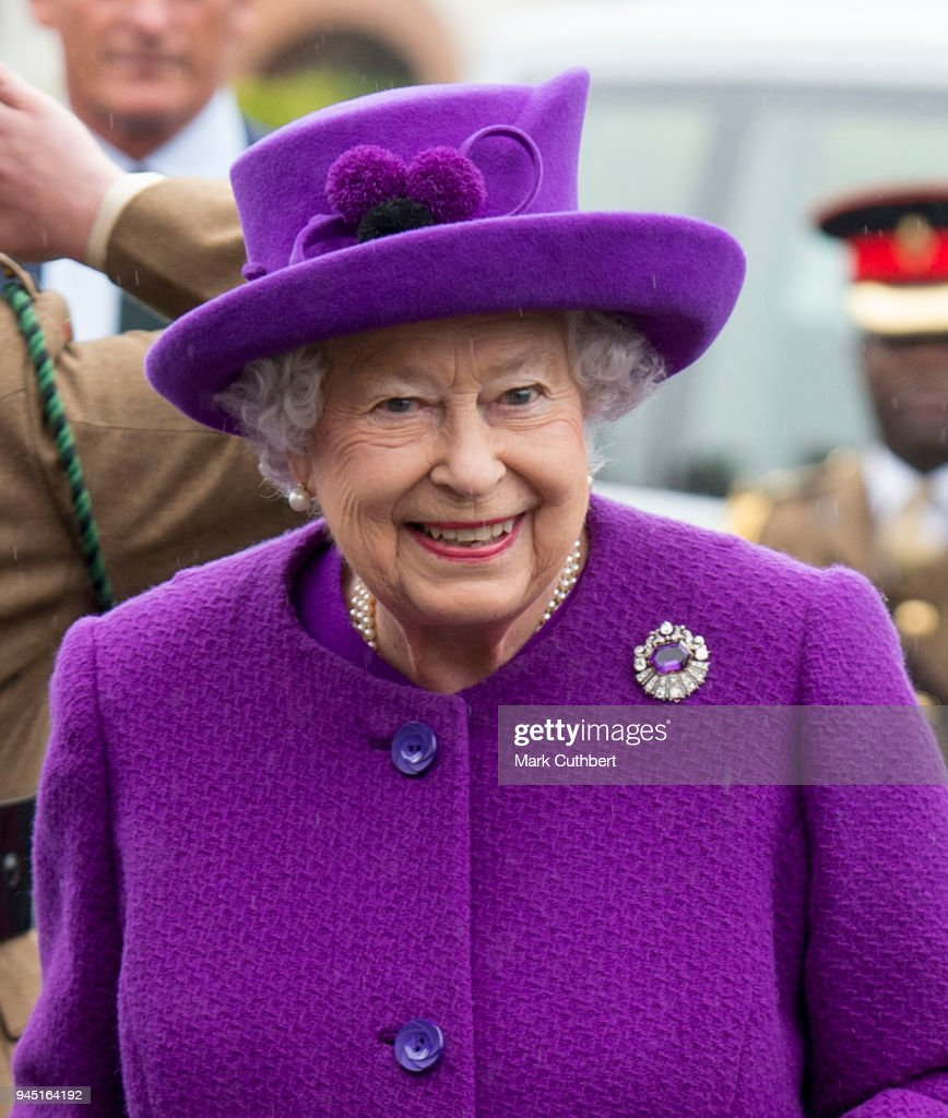 The Queen Visits The King George VI Day Centre : News Photo