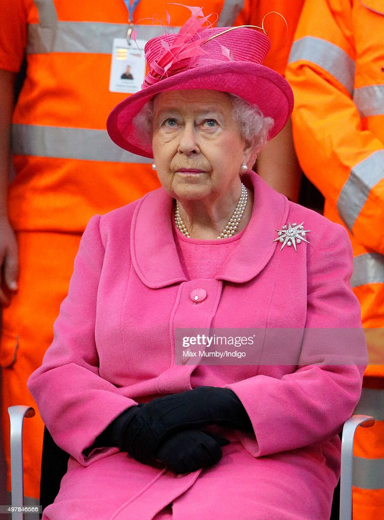 Queen Elizabeth II visits the newly redeveloped Birmingham New Street Station on November 19, 2015 in Birmingham, England.