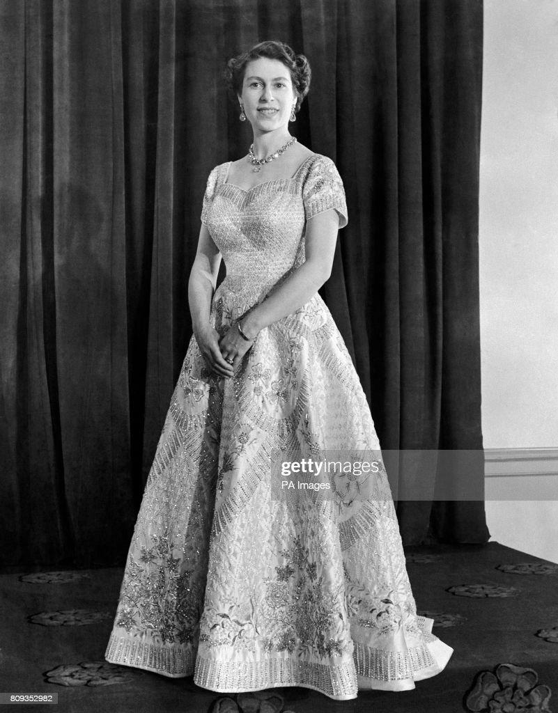 Royalty - Coronation of Queen Elizabeth II - London Pictures | Getty ...