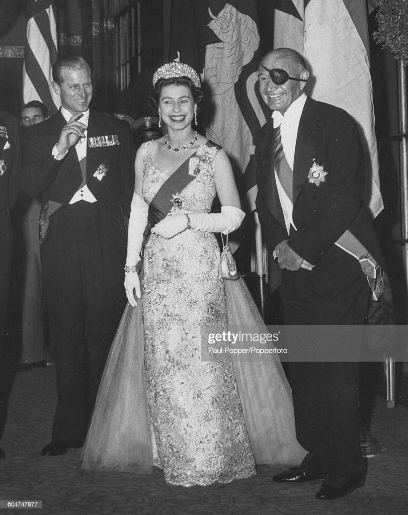 Queen Elizabeth II In New York : News Photo