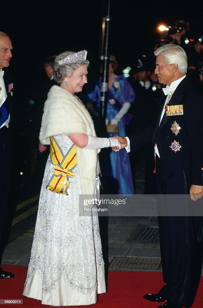 Queen & Agong Of Malaysia : News Photo