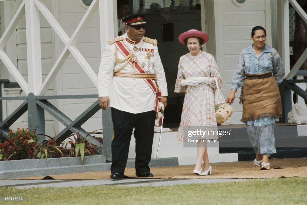 Queen In Tonga : News Photo