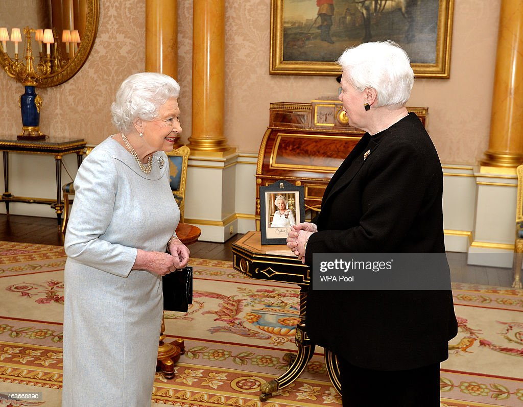 Credentials at Buckingham Palace : News Photo