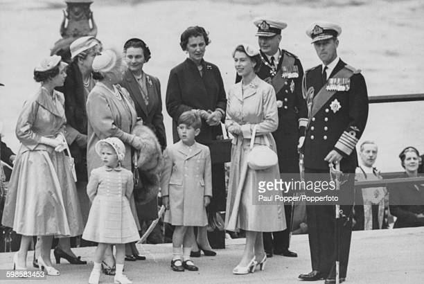 Queen Elizabeth II with members of the British Royal Family; Princess Margaret, Princess Anne in front, Queen Elizabeth the Queen Mother, Princess...