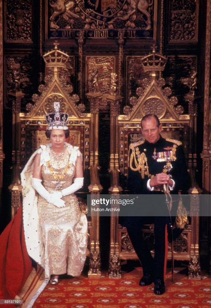 Royals Enthroned : News Photo