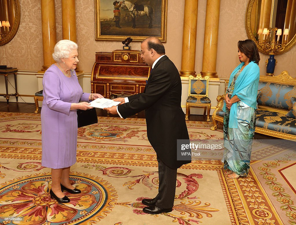 Credentials Presented By Queen Elizabeth II At Buckingham Palace : News Photo