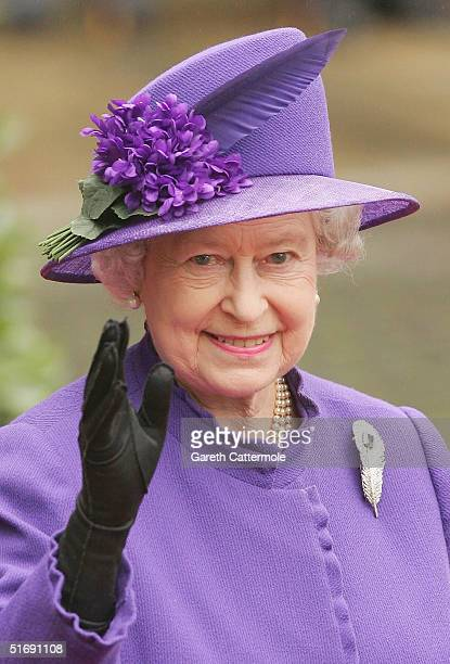 Queen Elizabeth leaves Chester Cathedral after the wedding of Lady Tamara Grovesnor on November 6 2004 in Chester England Lady Tamara is the eldest...