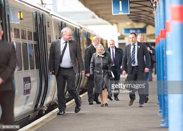 Queen Elizabeth lI boards a train back to London after her Christmas break in Sandringham at King's Lynn Station on February 8 2016 in King's Lynn...
