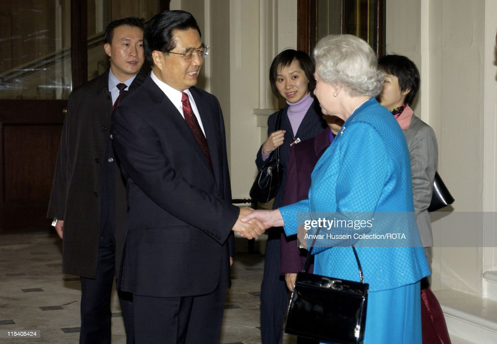 Chinese President Hu Jintao and Wife Departs Buckingham Palace after their 3 day State Visit