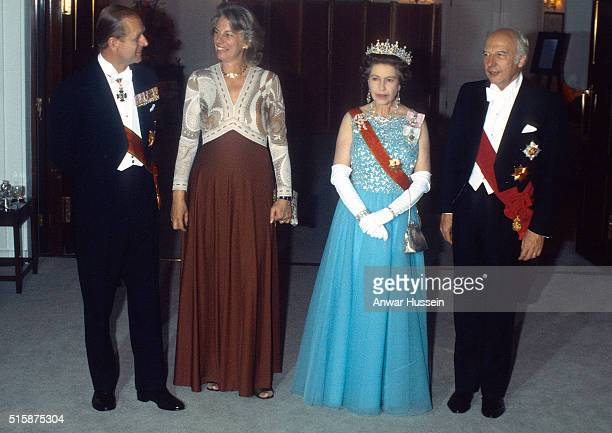 Queen Elizabeth ll and Prince Philip Duke of Edinburgh entertain Walter Scheel President of the Federal Republic of Germany and his wife Mildred on...