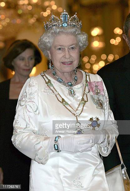Queen Elizabeth ll and the Brazilian President Mr Luiz Inacio Lula de Silva before the State Banquet in Buckingham Palace on March 7, 2006.