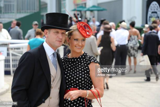 Queen Elizabeth ll attends the Investec Derby at Epsom Downs Racecourse on June 5, 2010 in Epsom, England