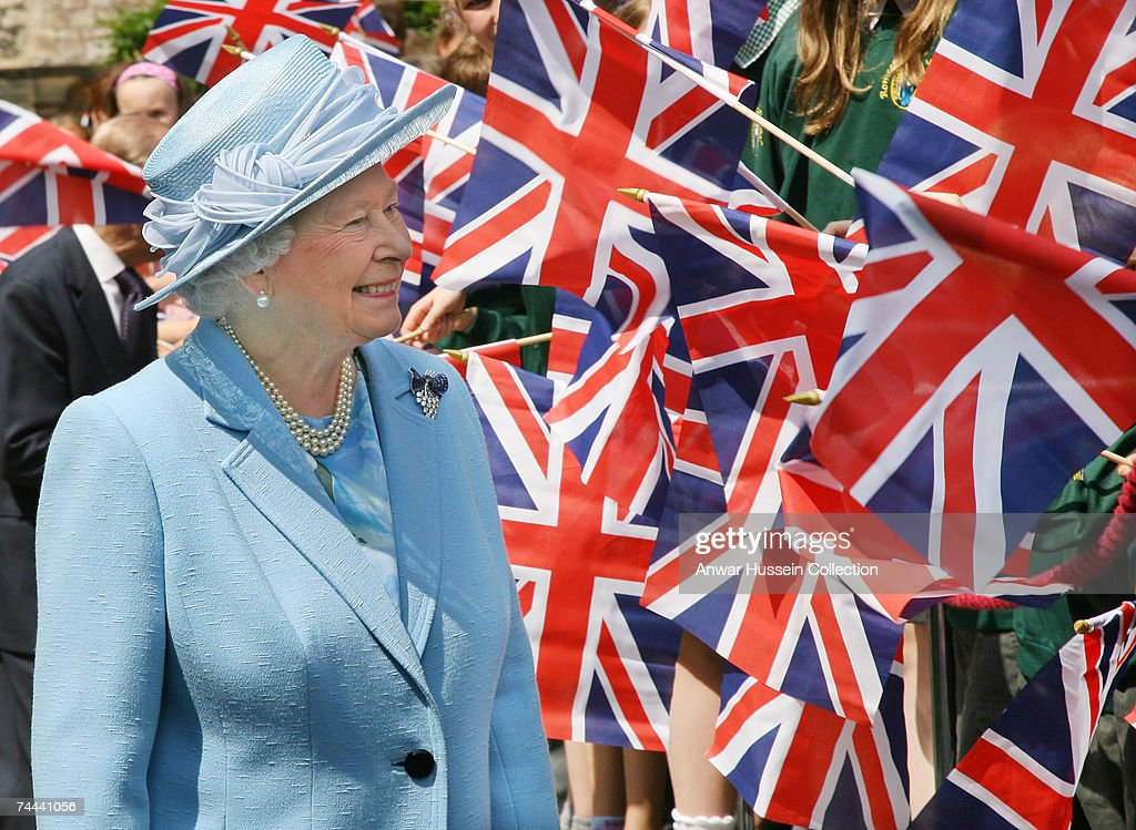 Queen Elizabeth ll enjoys a walkabout in the market square following a service in Romsey Abbey to commemorate the 400th anniversary of the granting of the Royal Charter on June 8, 2007 in Romsey, England.
